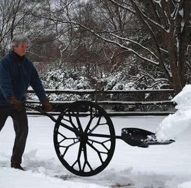 Снеготолкатель на колесах своими руками 110