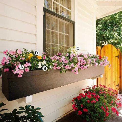 цветочный ящик на балконе