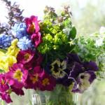 Как сохранить срезанные цветы что бы букет стоял дольше