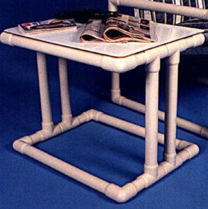 стол из труб пвх