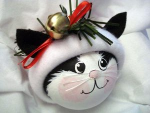 новогодние игрушки на елку котик
